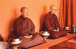 Meditating in a peaceful, all-woman environment. Photo © Dhammasara Nuns Monastery.