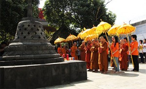 First-Theravada-ordination-of-bhikkhunis-in-Indonesia-After-a-Thousand-Years---Google-Docs-1